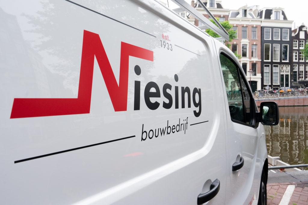 Wij zijn Niesing Bouwbedrijf. Laat uw woonwensen door ons realiseren!